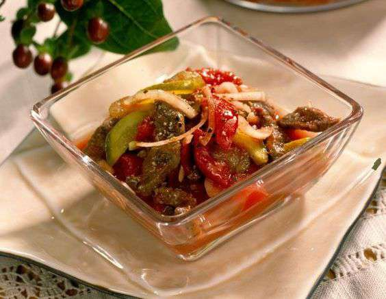 очень вкусный мясной салат из говядины рецепт