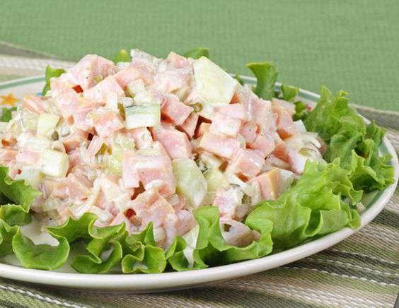 салат с ветчиной и луком парей рецепт