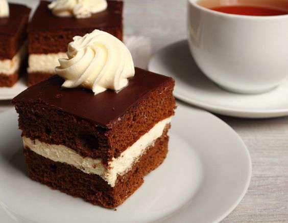 шоколадный торт со взбитыми сливками рецепт с фото