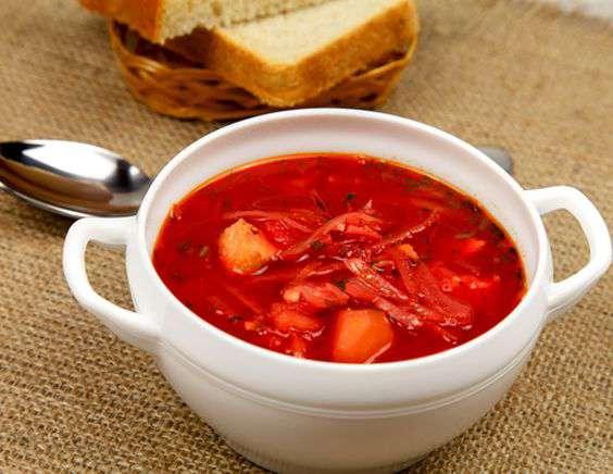 Свежие помидоры идеально подходят для людей, которые болеют сахарным диабетом, и для тех, у кого нарушен обмен веществ.