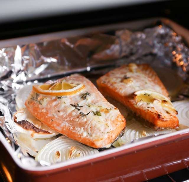 Красная рыба в духовке со сметаной рецепты с фото